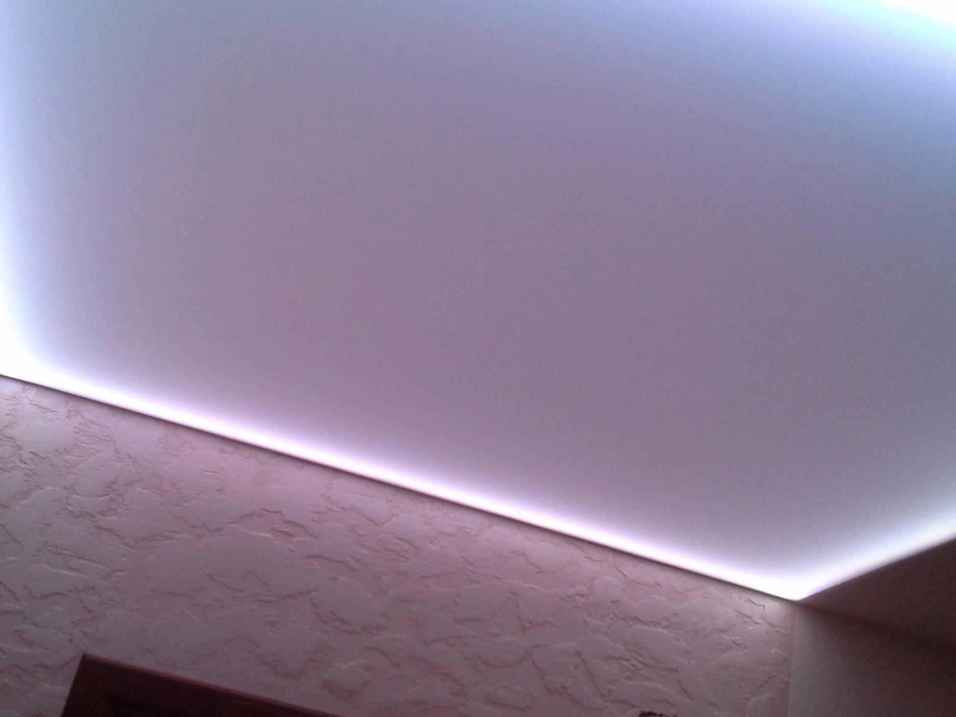 Потолок из ПВХ