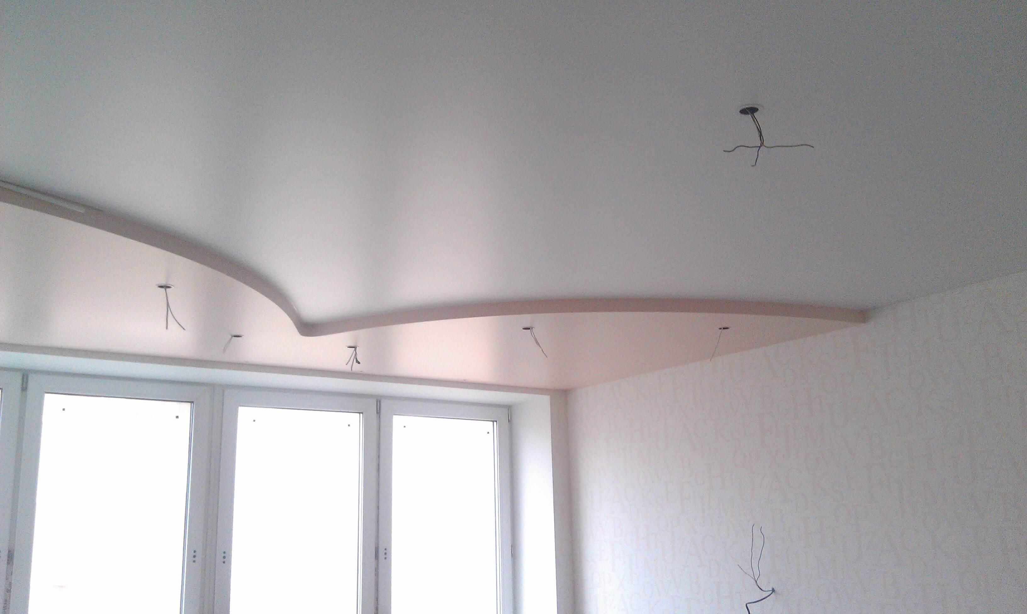 Перламутровые натяжные потолки