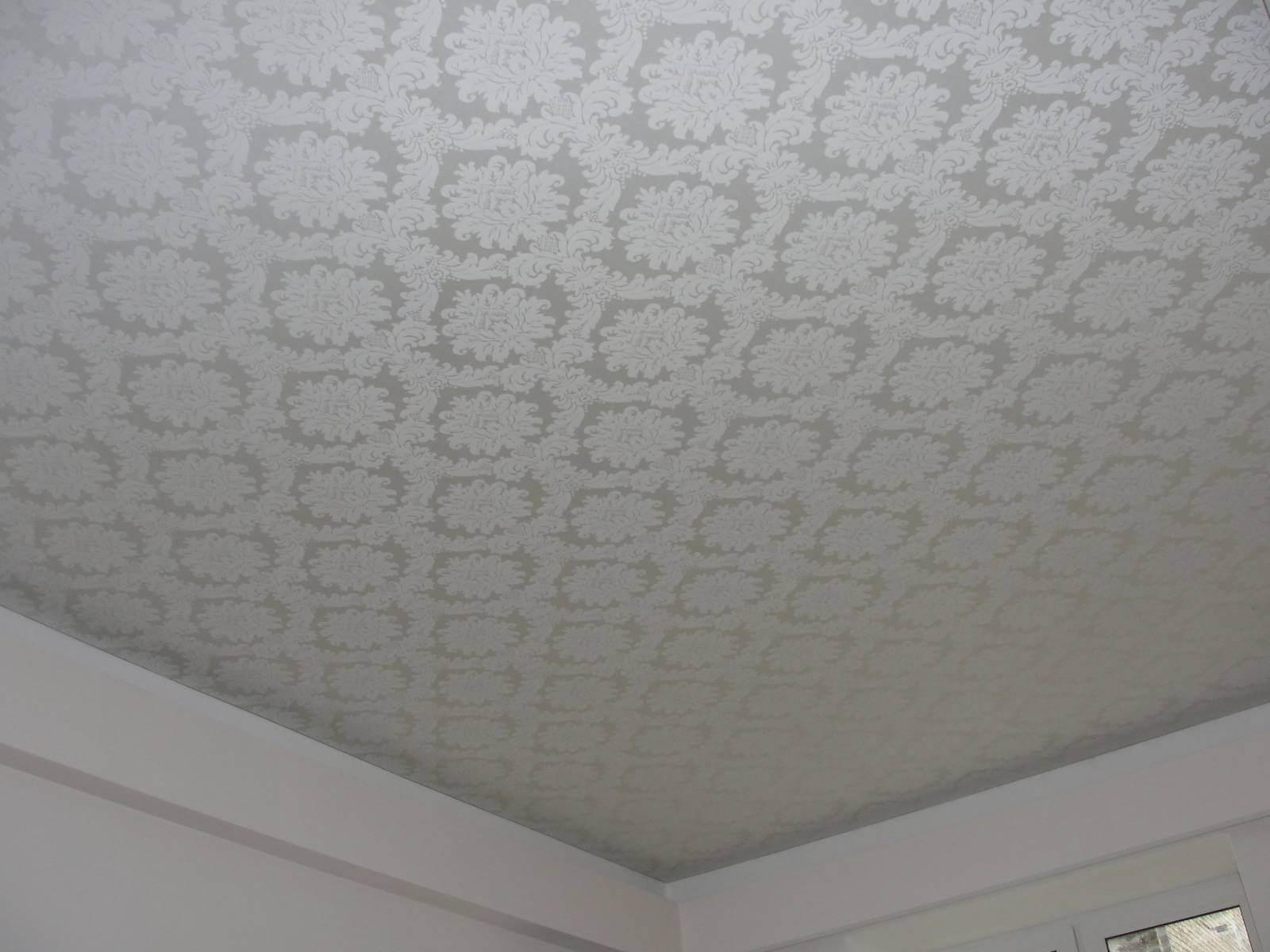 Отличия тканевых и пленочных потолков
