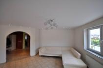 сатиновый натяжной потолок в кухне
